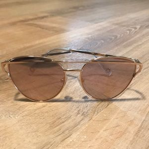 American Eagle outfitters sunglasses 🕶
